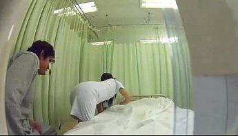 小護士愛上自己病人, 忍不住躲到廁所自慰影片,潮吹、自慰、護士成人影片、免費A片