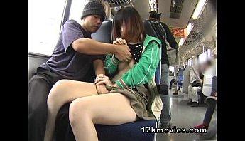 公車上隨機強行威迫少女口交,口交、痴漢、電車成人影片、免費A片