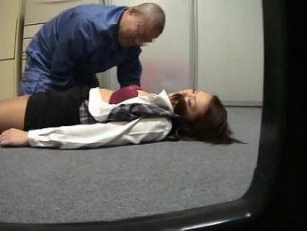昏迷OL被工友玩弄蜜穴,OL、愛撫、沖暈成人影片、免費A片