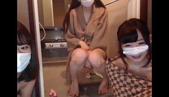 日本三个極品嫩妹光光直播,日本、直播、視訊成人影片、免費A片