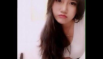 中國黑髮美女視訊上全裸露美鮑自慰掰穴製粉嫩,無碼、自慰、視訊成人影片、免費A片