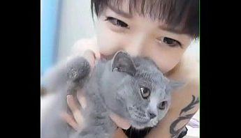 帶貓上視訊自慰有何不可?,自慰、視訊、韓國成人影片、免費A片