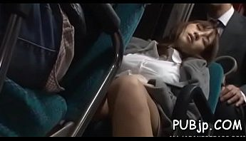 深夜公車痴漢愛撫調逗好色OL,熟睡、痴漢、電車成人影片、免費A片