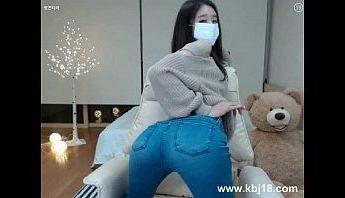 性感可愛韓國美女丁字褲視訊上演脫衣舞秀,美女、視訊、韓國成人影片、免費A片