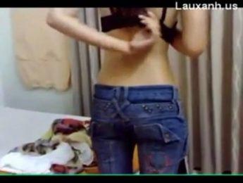 出租屋內召妓實拍全過程,召妓、自拍成人影片、免費A片