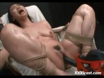 性愛機器6分鐘讓慾女高潮連連絕頂,性愛機器、按摩棒、捆綁、繩縛成人影片、免費A片