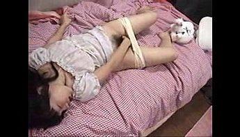 台灣房東偷拍國中女生自慰不小心照到臉影片,偷拍、台灣、自慰成人影片、免費A片