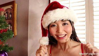 聖誕節很寂寞帶人妻女學生回家穿情趣內衣看她按摩棒自慰為什麼不潮吹?,情趣內衣、聖誕節、自慰成人影片、免費A片
