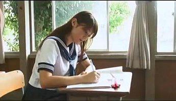 那些年我們一起暗戀過的女孩 日本水手服女學生 課室脫衣寫真,女學生、寫真、水手服成人影片、免費A片