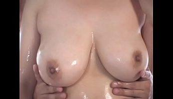 巨乳女KY潤滑劑濕身愛撫誘惑,巨乳、愛撫、潤滑劑成人影片、免費A片
