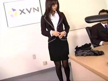 乖巧秘書被色經理命令脫光衣服,OL、無碼、秘書、跳蛋、顏射成人影片、免費A片