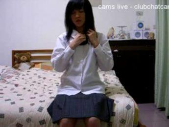 小淫娃女學生放學上網分享自慰秀很興奮,女學生、自慰、視訊、視訊妹成人影片、免費A片