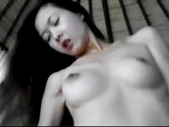 上騎白嫩美乳港女幹砲自拍,愛撫、港女、自拍成人影片、免費A片
