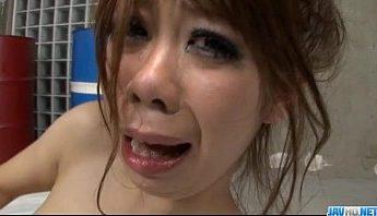 日本妹子為調教得做鬼臉影片,愛撫、按摩棒、調教成人影片、免費A片
