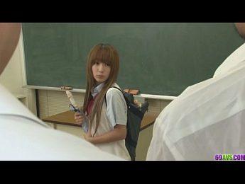 杏樹紗奈~學妹在教室被幹,3P、口交、女優、女學生、杏樹紗奈、無碼、跳蛋成人影片、免費A片